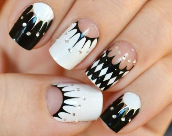 silver-black-and-white-geometry-nails
