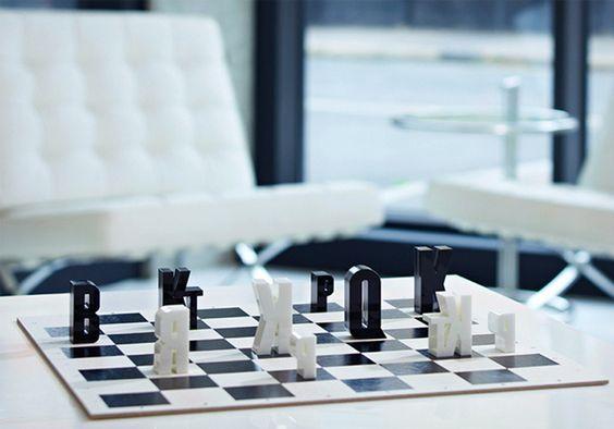 Typechess, un ajedrez de letras en http://monkeyzen.com