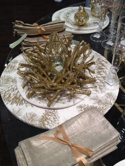 Pretty gold twig centerpiece