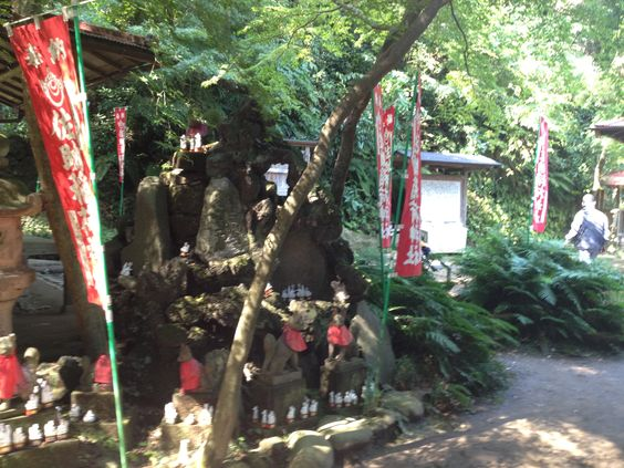 Sasuke Inari , Kamakura (鎌倉・佐助稲荷)