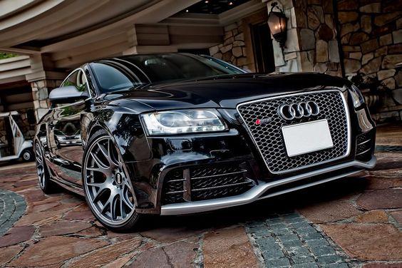I love Audi:  www.mimarcafavorita.net
