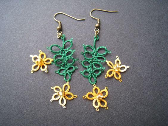 Boucles d'oreille en dentelle, frivolité, Fleurs tropicales