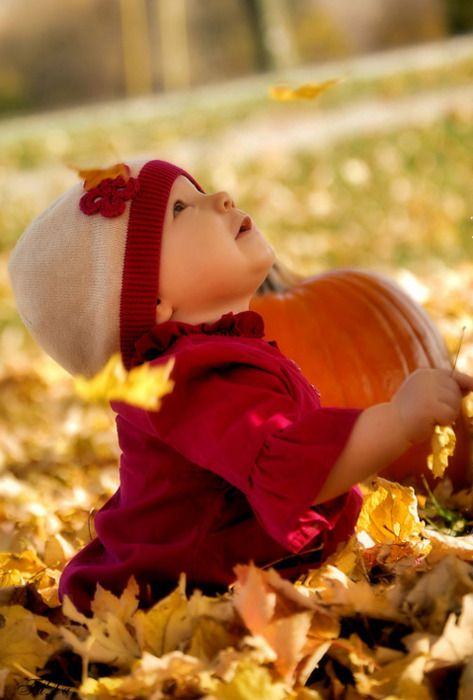 Children love the fall...the leaves...the building of scare crow.  Enjoy these precious memories.  #fallchildphotos