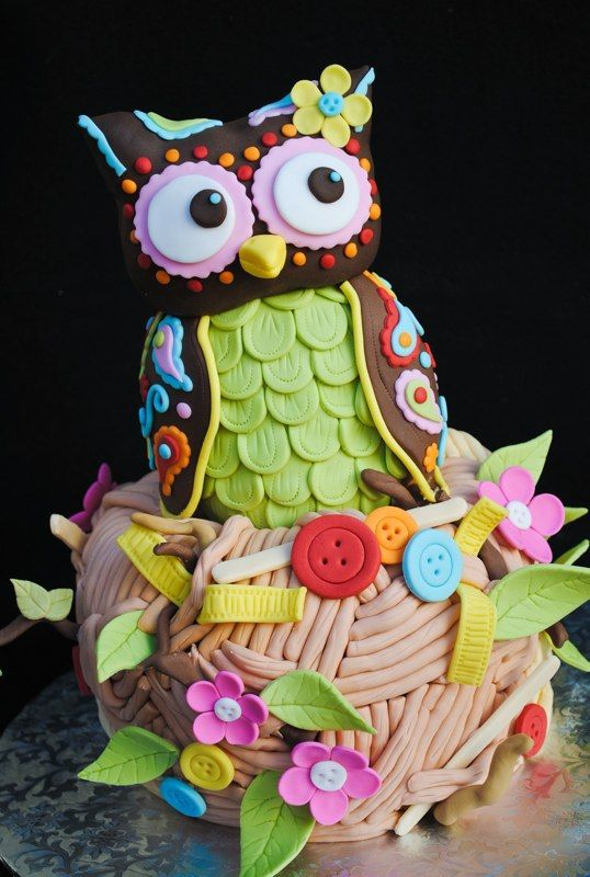 The sweetest owl cake of all time!  by Casadecupcake: