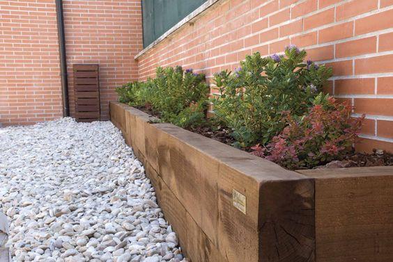 Jardinera de traviesas con corteza de pino jardineria - Corteza de pino ...