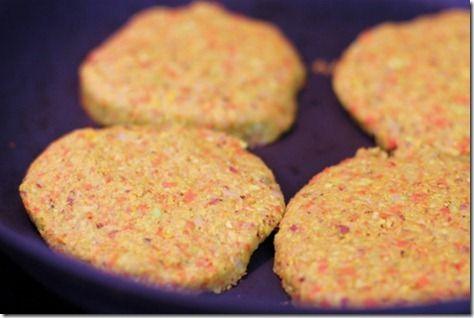 Homemade vegetable masala burgers burgers à l'indienne - belles photos
