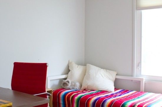 Those brightly hued straighted Mexican blankets called Serapes or Saltillo blankets have been a familiar mainstay for South of the Border fiestas and SoCal bohemian beach blankets. Relatively inexpensive and teaming with lively rich color, these blankets are getting a new upcycled life as chic décor items. Used simply as table cloths or bed covers, [...]