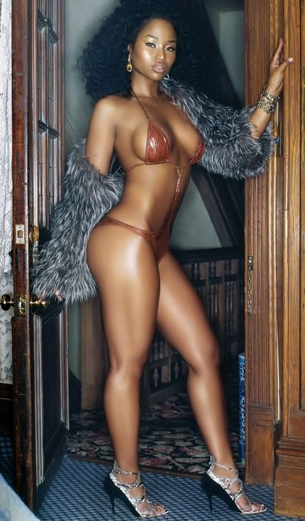 Ebony girl http://www.hothampshireescorts.co.uk/models/ebony-escorts/: