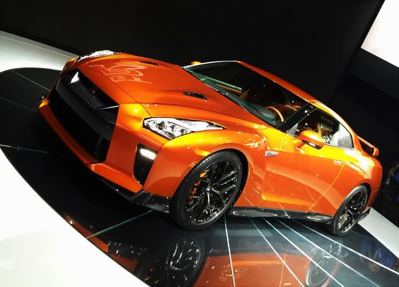 """Cars - Nissan GT-R : """"Godzilla"""" se dévoile dans sa nouvelle version, 570 ch au programme ! - http://lesvoitures.fr/nissan-gt-r-godzilla-se-devoile-dans-sa-nouvelle-version-570-ch-au-programme/"""