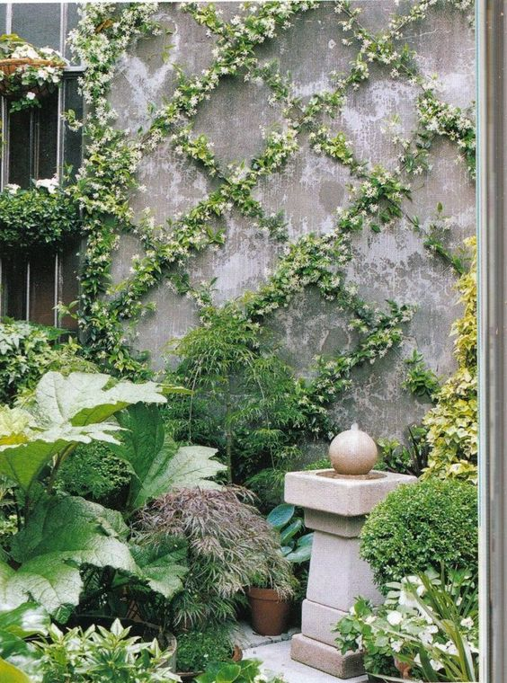 vine designs for garden wall