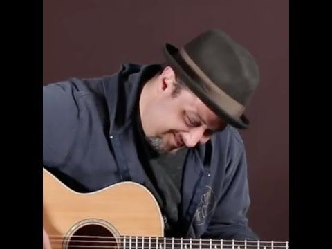 Acoustic Blues Pentatonic Lick That Sounds Hard To Play But Isn T Youtube Blues Guitar Blues Acoustic