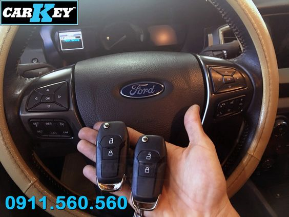 Chìa khóa remote ford wildtrak 3.2 2018