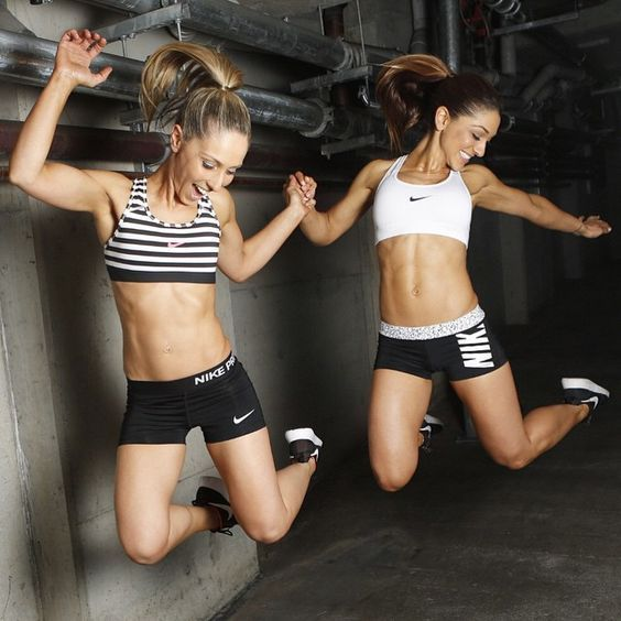 5 Ways To Help You Get Back Into Working Out Working Fitness Damenmode Workout Routines For Women Fitness Photoshoot Fitness Models Female