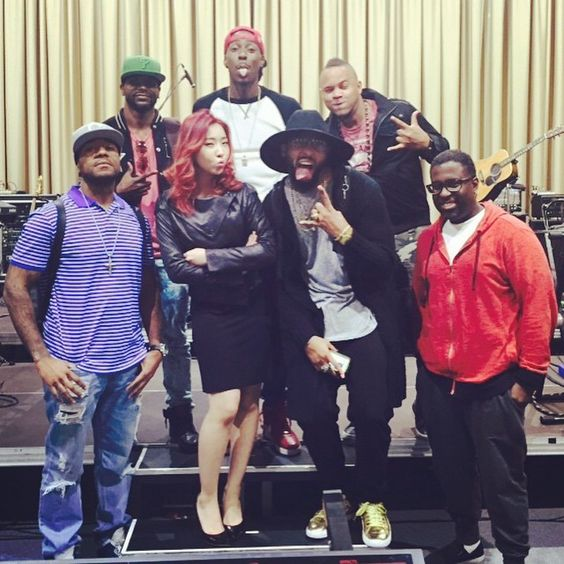 _minzy_mz | #thebandsix @thebandsix @odubperv @briightred5 @gilsmithii @mrdanteinferno @theapfactor @guitarslayer24 Their music is so inspiring to me Can't wait to see their performances. Flyyyyyyyyyyy!!!!