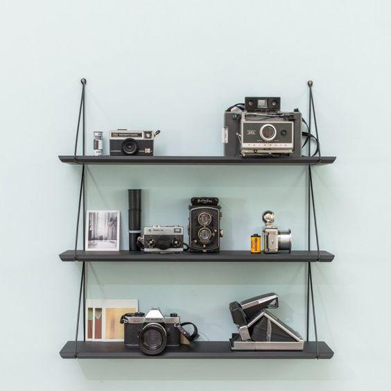 etag re noire esprit vintage le petit florilege boutique d 39 objets de d coration d 39 int rieur. Black Bedroom Furniture Sets. Home Design Ideas
