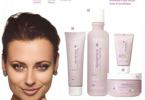 Linha Advanced Dynamics para pele seca. Hidrata e previne a perda de hidratação e garante uma pele mais radiante.