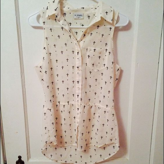 LA Hearts blouse Ivory blouse with white crosses, synched at waist. Wear it with distressed black skinny jeans for an edgy look! LA Hearts Tops Blouses