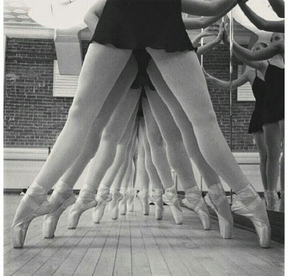 puntas de ballet blanco y negro - Buscar con Google