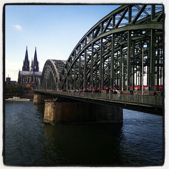 Hohenzollernbrücke itt: Köln, Nordrhein-Westfalen