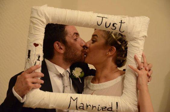 Le Sedie di Silvia for wedding_cornice ricordo per matrimonio realizzata con materiali di scarto completamente personalizzabile. design by Silvia Donato Architetto