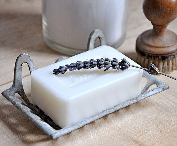 Vintage Soap Dish by petits détails, via Flickr