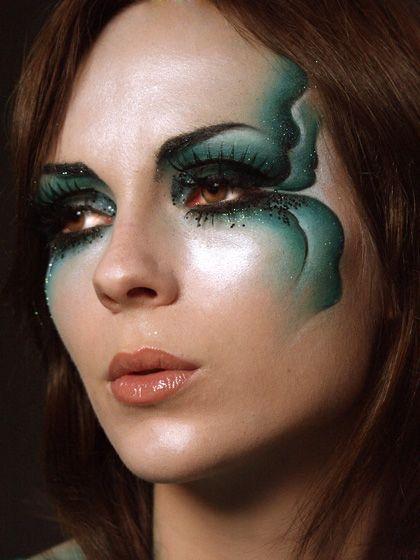Galeria Artistico 510 makeup by Atelier