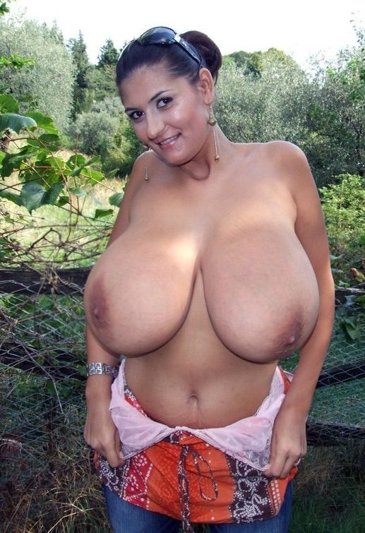 Hangng boob pics free gallerys