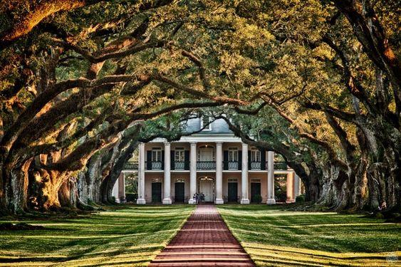 Abandoned southern plantations for sale oak plantation for Southern plantation houses for sale