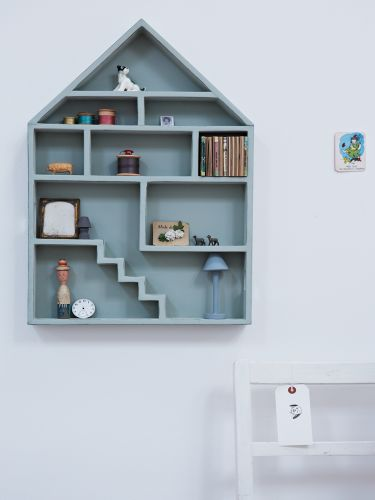 I justed ordered this lovely house for Cato her new room