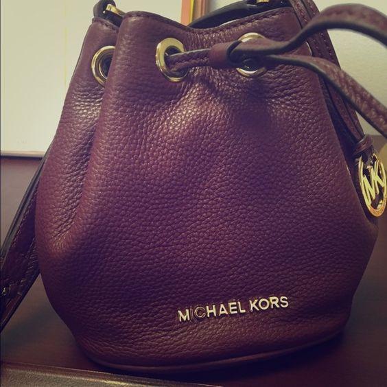 954ba23c9626 Buy michael kors bucket bag mini   OFF66% Discounted