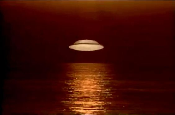 STARSHIP INVASIONS;1977