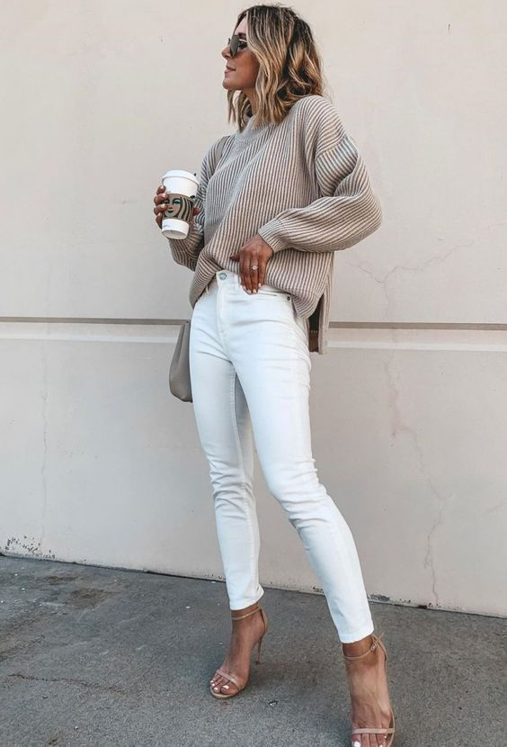 simple fall outit / knit sweater bag white jeans heels