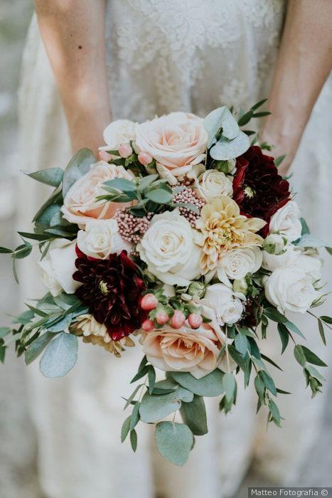 Bouquet Sposa Quali Fiori.Bouquet Da Sposa Estivo Quali Fiori Scegliere Wedding Flower