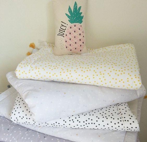Edredon ou tapis de sol 70x100 cm Tient chaud pendant le sommeil, habille le berceau ou le lit à barreau, s'emmène partout pour envelopper bébé...