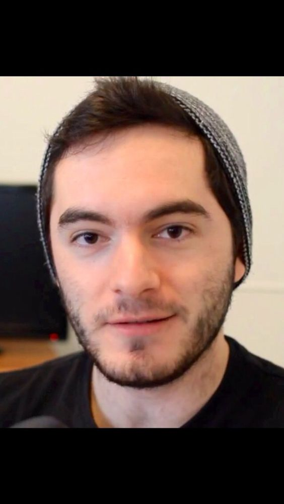 Captain Sparklez is the most greatest person ever!!