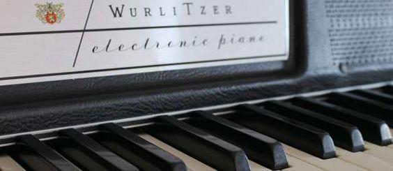 Supertone's Wurlitzer 200A Electronic Piano #piano #Wurlitzer #studio #gear #ideas