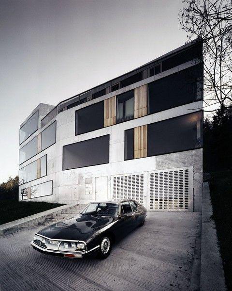 Citroën SM + house!