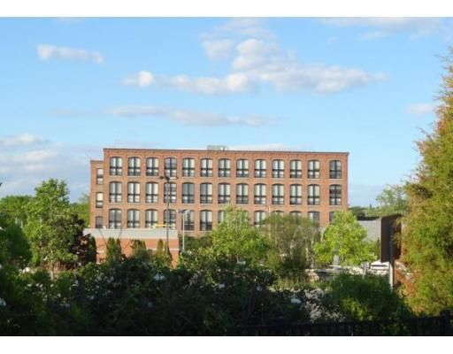 www.GloucesterMillCondo.com 2 Bedroom 2 full bath bi-level loft condo in the heart of downtown. Close to shopping train, boulevard, park,library,post office, tea house, coffee house and many restaurants.$179,000 michelea@remax.net