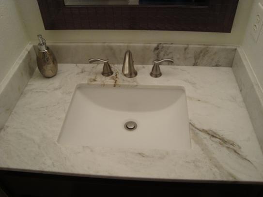 Home Decorators Collection 31 In W Engineered Marble Single Vanity Top In Vanilla Sky With White Sink Vansky3122 2cm The Home Depot In 2020 Bathroom Sink Diy Trendy Bathroom Designs Home Decorators Collection