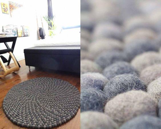 ¿Quién ha dicho que el #gris es un color apagado y aburrido? La #alfombra Aruna de Sukhi aúna dos preciosos #tonos de gris que se complementan a la perfección, creando una pieza #atemporal y #neutra, pero al mismo tiempo llamativa. Y lo mejor es que cualquier sitio es bueno para lucirla.