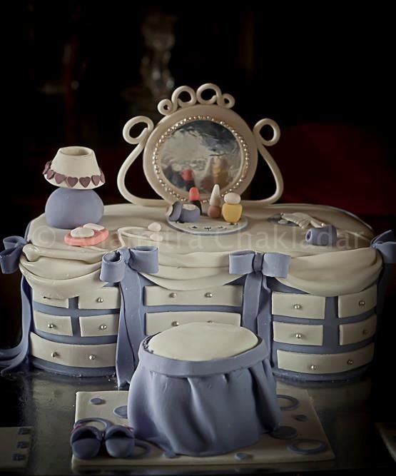 Blue Vanity Cake ~ All edible ~ Cake Art!!!!: Cakes Taarten, Pretty Cake, Amazing Cakes, Awesome Cakes, Vanity Table, Beautiful Cake, Dressing Table, Birthday Cakes, Dressing Room