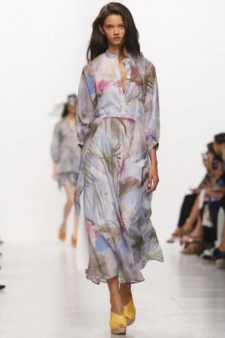 Hussein Chalayan @ Paris Womenswear S/S 2014 - SHOWstudio - The Home of Fashion Film