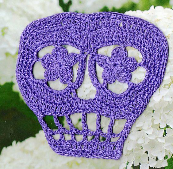 FREE PATTERN Ravelry: Vera Crochet Day of the Dead Skull ...