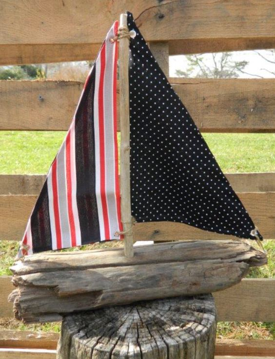 Driftwood boat driftwood designs pinterest boats for Diy driftwood sailboat