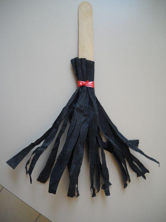 scopa della strega  Halloween addobbi e decorazioni scuola