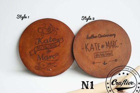 This personalized leather coasters are the perfect gift for a wedding anniversary, a housewarming or to use as a wedding favor. Something that your guests will defenetly t...