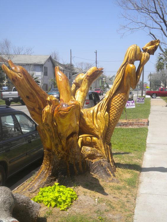 100 year old oak is carved into a Mermaid and Dolphins after it dies in Hurricane Ike.: Mystical Mermaids, Mermaids Six, Mermaid Art, Mermaid Dreams, Sea Mermaids, Mermaids Sirens, Mermaids Sirenas, Mermaids Sea