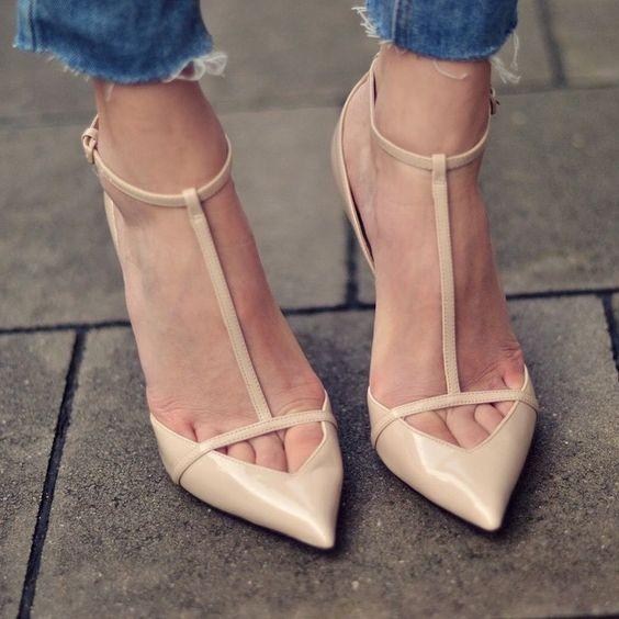 Toe Cleavage #zara #nude #heels #styleinspo #instadaily #instastyle #Instafashion #styleinspiration #fashion #style #shoegame