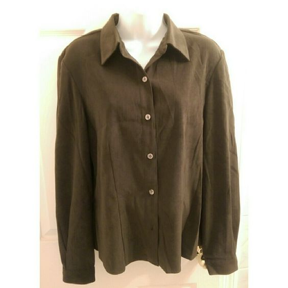 Vintage dark green button down shirt Vintage dark green button ...