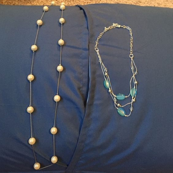 Pearl necklace and teal, layered necklace 2 necklaces. Pearl and teal, layered necklace Jewelry Necklaces